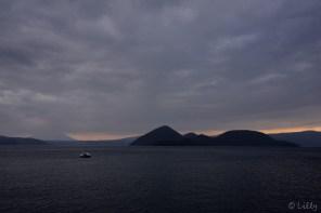 洞爺湖と足こぎボート