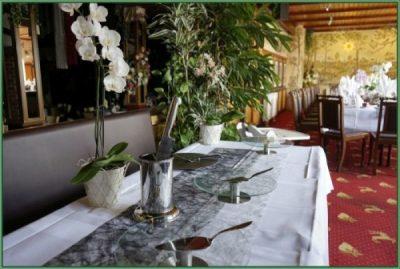 Cafe - Tafel für Hochzeit oder Hochzeitstag eingerichtet 30 PAX (18)