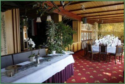 Cafe - Tafel für Hochzeit oder Hochzeitstag eingerichtet 30 PAX (23)