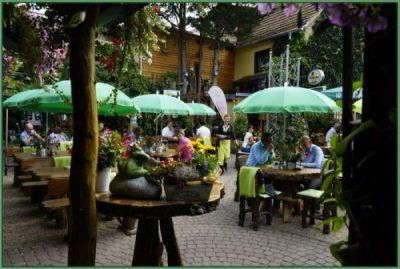 Cafe - Tafel für Hochzeit oder Hochzeitstag eingerichtet 30 PAX (28)