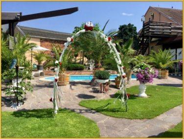 Freie Trauung im Business-Garten Vorbereitung (16)