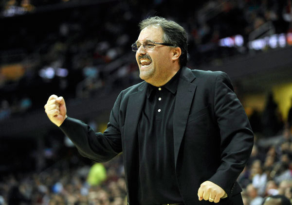 Orlando Magic head coach Stan Van Gundy pumps his fist in the fourth quarter against the Cleveland Cavaliers at Quicken Loans Arena. (Source: David Richard-USA TODAY Sports)