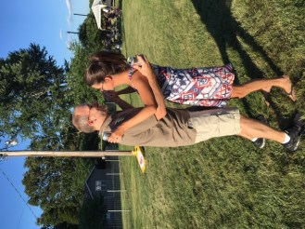 Sunflowers Beth and Ryan dancing 2018