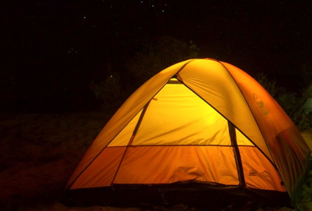 date ideas on a budget camping