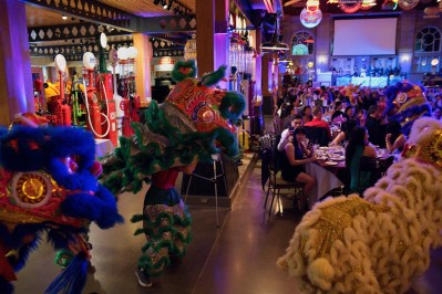 jing wo lion dance calgary 2016 chinese heritage park gasoline alley wedding