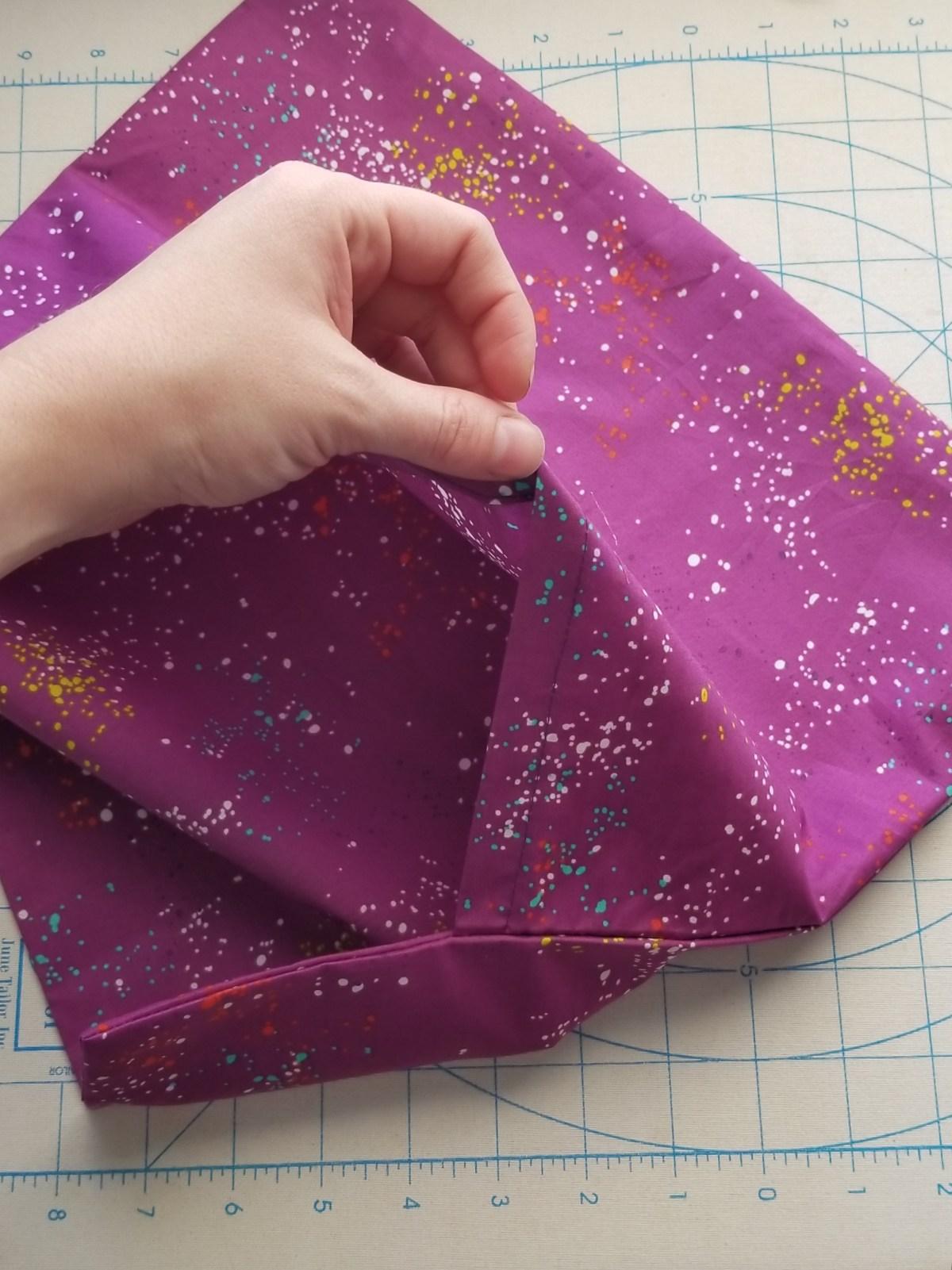 pocket of envelope pillow