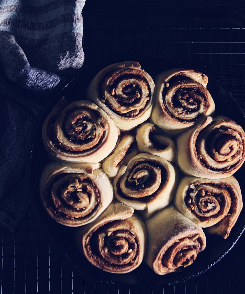 cinnamon buns, cinnamon rolls, cast iron skillet, baking, cinnabon, cinnabombs, dessert, yeast, glaze, homemade, bread