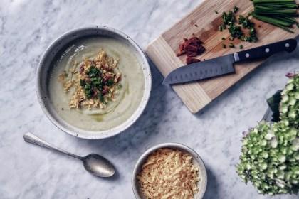 soup, cauliflower, leek, potato, fauxtato, low carb, lchf, healthy, cold weather, recipe