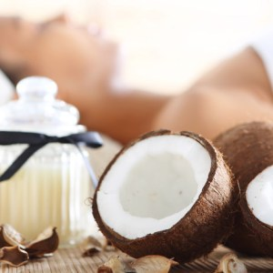 COCONUT-OIL-MASSAGE-AT-GOLDEN-TOUCH-MASSAGE 2