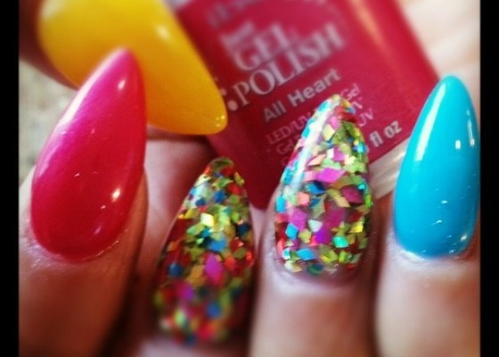 ACRYLIC GEL NAILS PHUKET