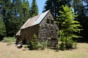 Ted Nester Cabin - Leaning