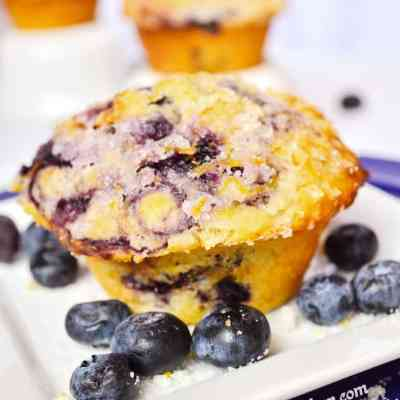 Blueberry-swirl-muffins