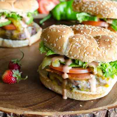 Bacon Green Chile Cheeseburgers