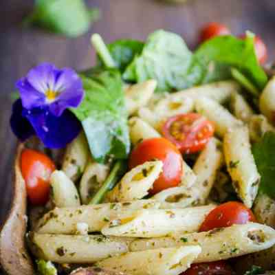 Spinach Feta Pesto Pasta Salad