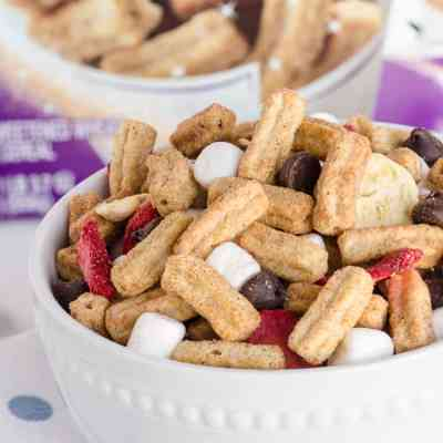 Churros Snack Mix