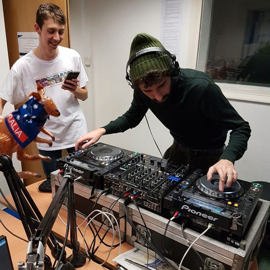 Jack-Gold-b2b-Eden-on-Forge-Radio-(6.2.19)-DJ-Set