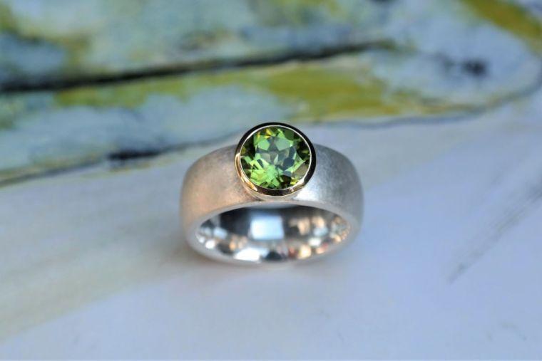 Ring-silber-gold-peridot