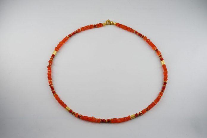 Karneol Steinkette und Schaumkoralle, Verschluss 925er Silber vergoldet 298 €