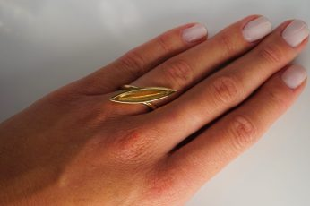 Ring in 750er Gelb-Gold, 1395.- € Turmalin in Navettegold1395.- €