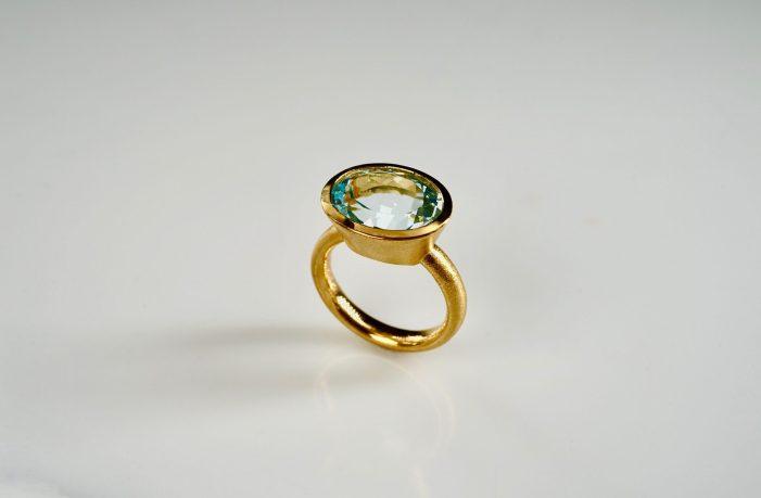 Ring in 900er Gelb-Gold und Aquamarin