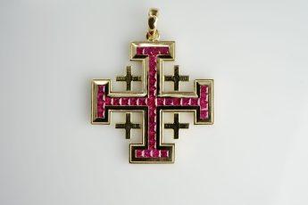 Jerusalem-Kreuz in 750er Gelb-Gold und 37 Rubinen