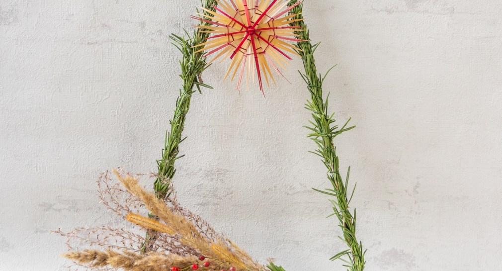 Goldschool_DIY_Advent_Weihnachten_Weihnachtsdeko Triangel Dreieck Weihnachtsdeko Rosmarin