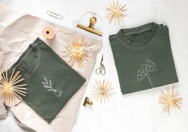 Mit der Nähmaschine bestickte T-Shirts als Weihnachtsgeschenk