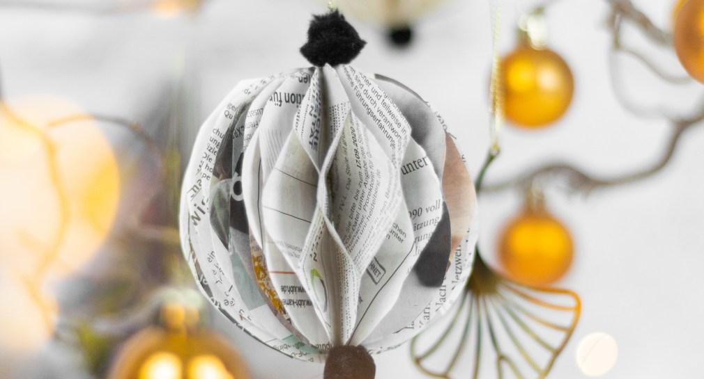 DIY-Weihnachtskugeln-Christbaumkugeln-aus-Papier-basteln