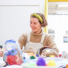 """Faschingsmasken aus Getränkekartons"" Workshop für Kinder in Kooperation mit dem Kulturamt Regensburg (Februar 2020)"