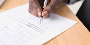 Derecho de Consumidores para Cancelar Contratos en El Salvador
