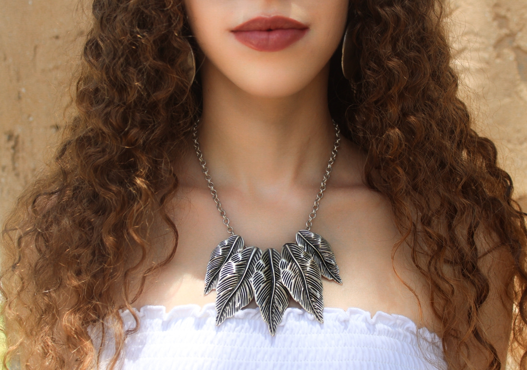 Silver Linked Leaves Necklace