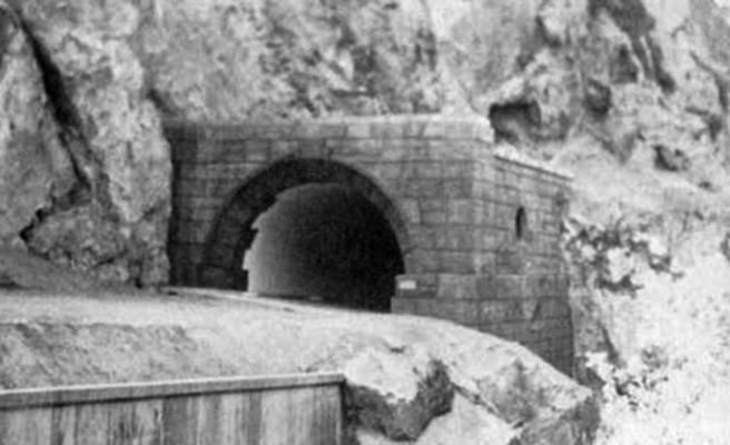 1953gaviota tunnel