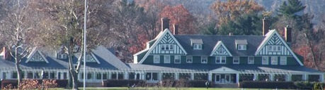 Oakmont Country Club. Source: By Leepaxton [CC BY 3.0 (http://creativecommons.org/licenses/by/3.0)], via Wikimedia Commons