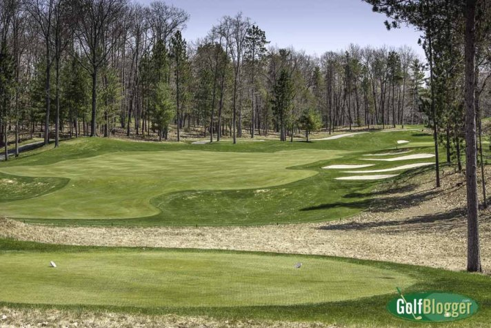 Gaylord Golf Mecca Excels, Expands