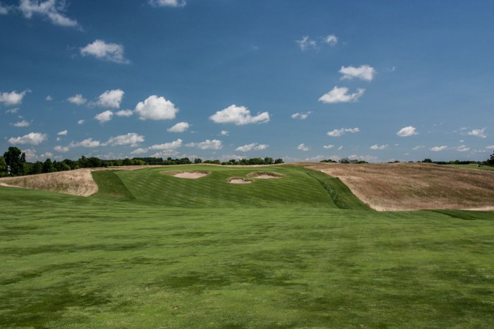 A view of Erin Hills par 4 eighth from the fairway.
