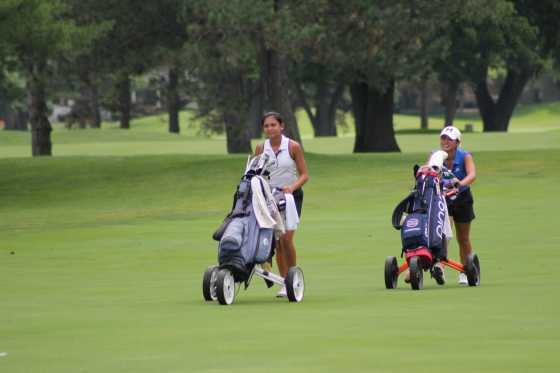 Anci Dy, left, and Anika Dy, sisters from Traverse City played each other in the Friday quarterfinals of the 2017 Michigan Women's Amateur.