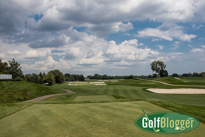 The first at Oakland Hills South is a 443 yard par 4. It's 375 from the white tees.