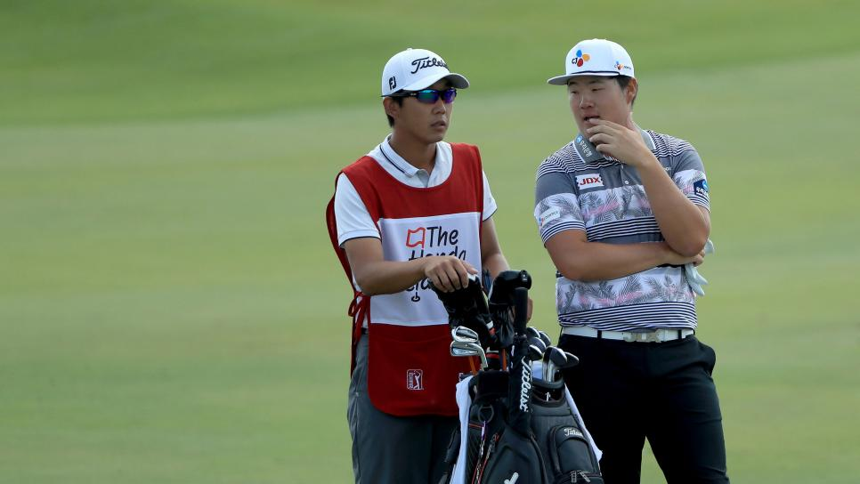 this tour pro turned caddie turned tour