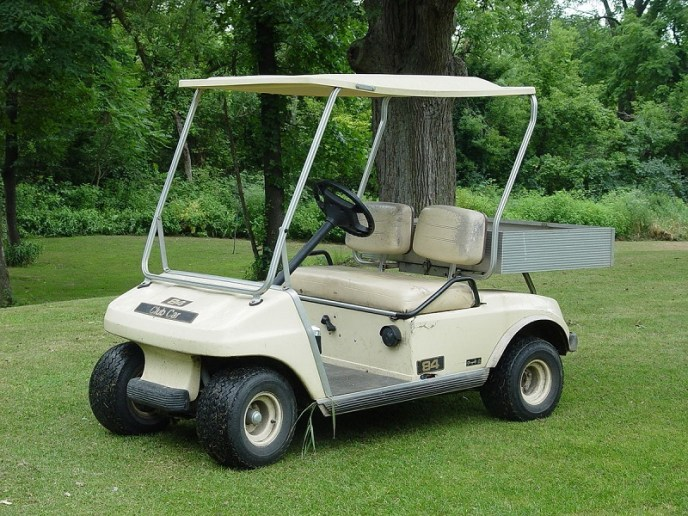 How wide is a golf cart