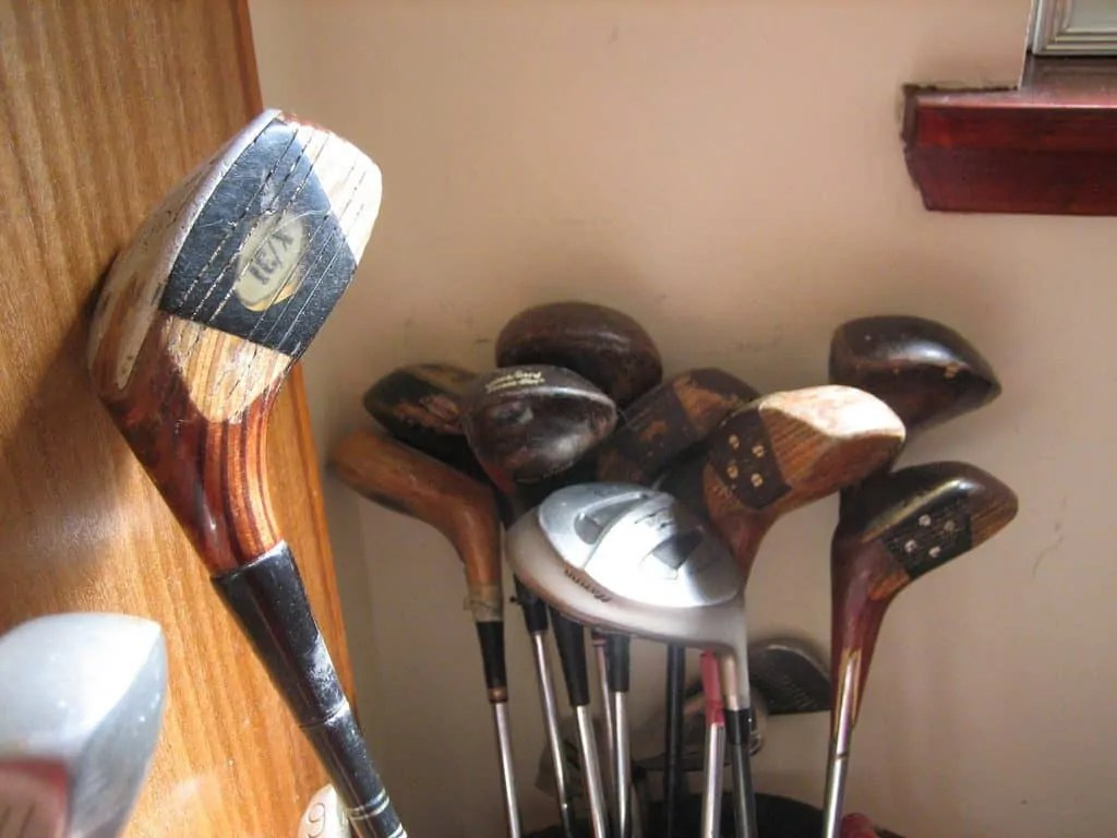 buying preowned golf clubs