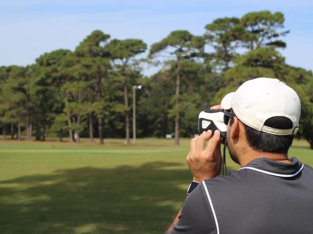 using a range finder with pin seeker