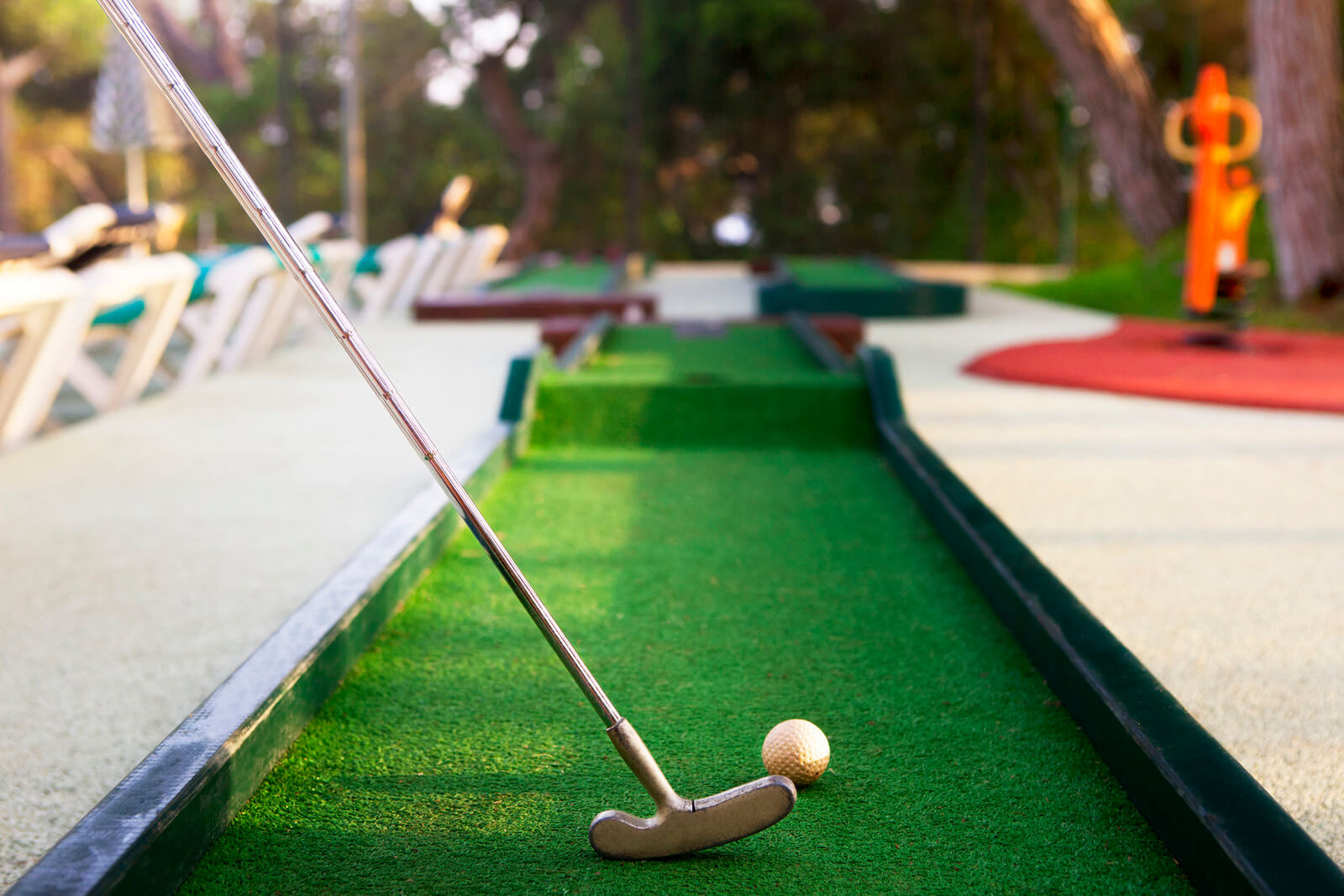 8 Difficult Mini Golf Courses You Have to Play Atleast
