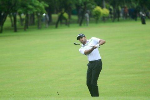 Khalin Joshi - Round 2 leader