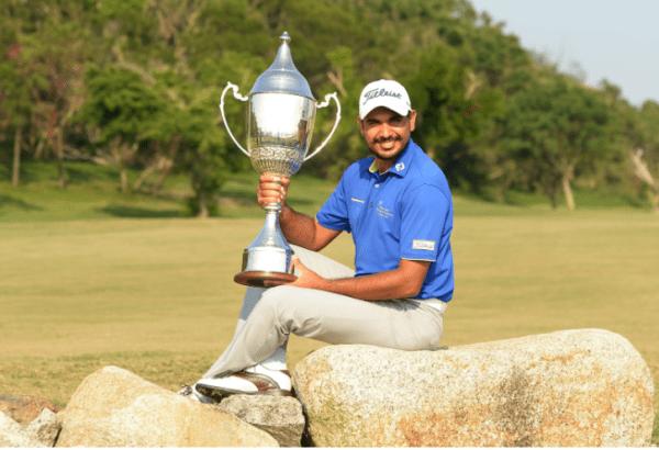 Bhullar with 2017 Macao Open Trophy