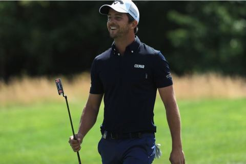 Sebestian Gros leads second round of second round of the BMW International Open.