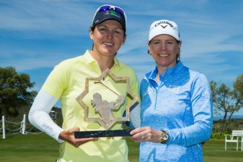 20/05/2019. Ladies European Tour 2019. La Reserva de Sotogrande Invitational, La Reserva Club de Sotogrande, Sotogrande. Spain 16-19 May 2019. Celine Herbin of France with her trophy and Annika Sorenstam, Host of the tournament. Credit: Tristan Jones