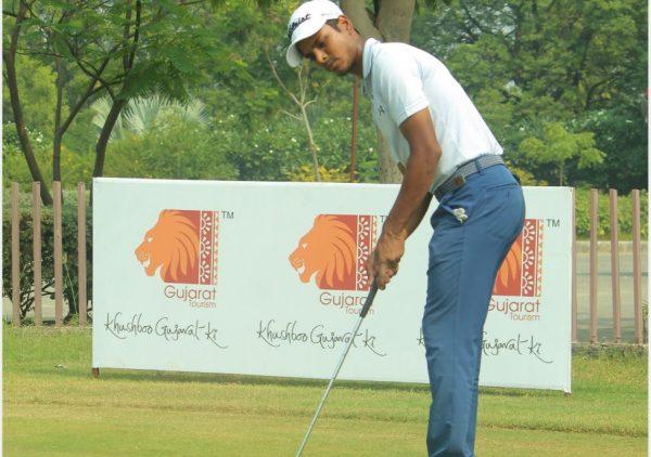Sunit Chowrasia shares rd 2 lead with Shamim Khan