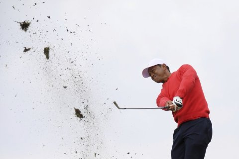 Tiger Woods - Andy Brownbill - AP