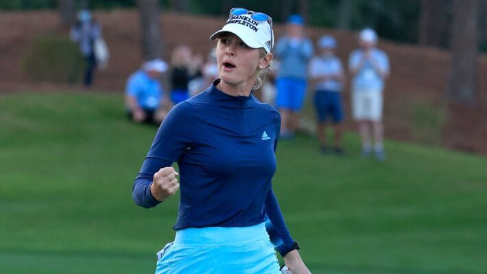 Jessica Korda reacts to a birdie putt during the first playoff hole to win the Diamond Resorts Tournament of Champions