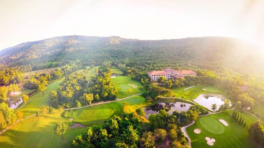 15 สนามกอล์ฟราคาถูกที่สุดในประเทศไทย Hillside Golfistathai